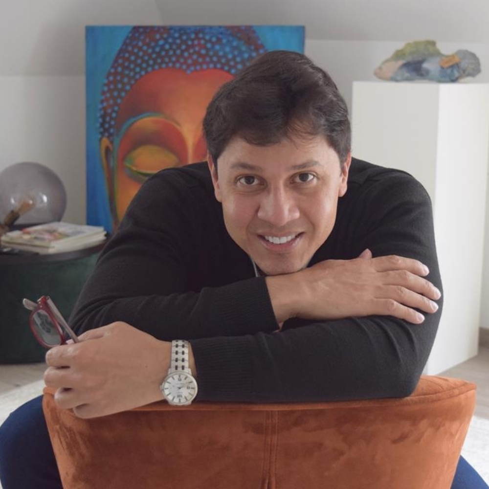 Alexander de la Paz Spanish teacher